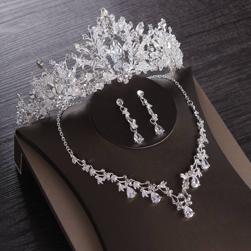 Luxury Heart Crystal Bridal…