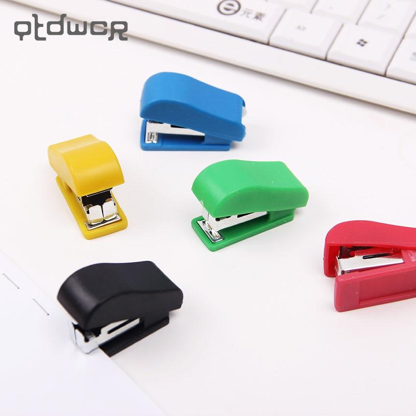 1PC Mini Stapler Plastic Stationery Set Kawaii Stapler Paper Office Accessories About 100Pcs Staples
