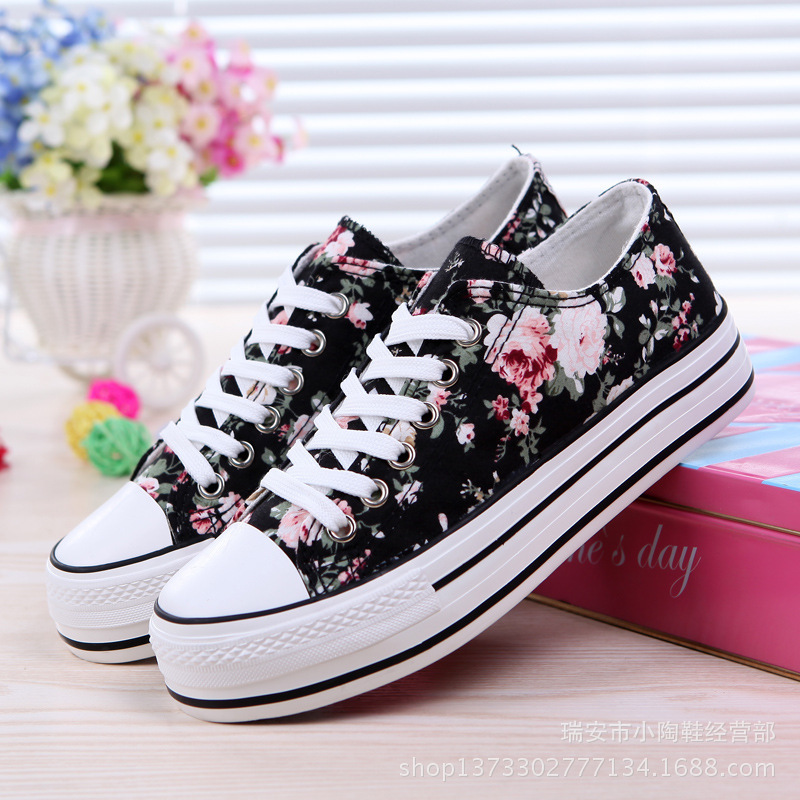 Flower Platform sneakers women's vulcanize shoes Outside Canvas Breathable flat Summer casual shoes fashion Lace Up heel NLD906 de la chance women vulcanize shoes platform breathable canvas shoes woman wedge sneakers casual fashion candy color students