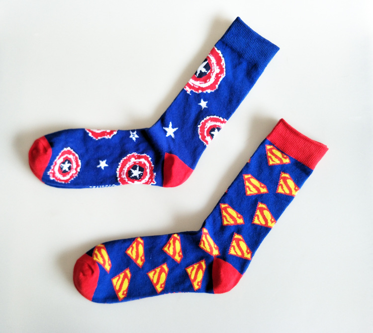 Funny Men's Captain America Socks Cartoon Superman Pattern Novelty Casual Autumn Winter Cool Skateboard Socks For Wedding Gifts