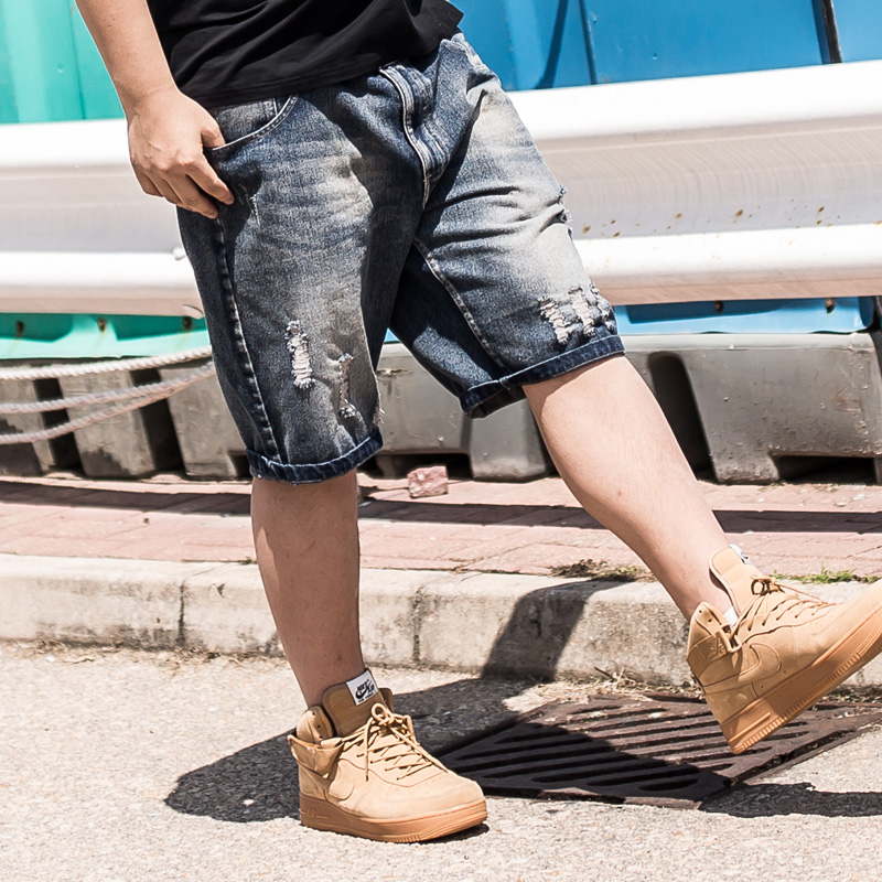 2017 Summer large yard Casual Denim Shorts Men loose bear Knee Length Bermuda Hole baggy big plus size 38-48 homme Jeans summer men denim shorts knee length straight pants slim fit jean homme trousers large plus size 34 36 38 40 42 44 46 48 50 52