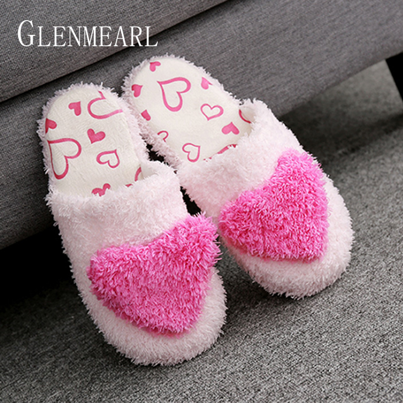 Women Slippers Indoor Shoes Flat Home Slippers Winter Warm Soft Big Heart Slip On Female Slides Short Plush Shoes Woman 2019 DE Women Slippers Indoor Shoes Flat Home Slippers Winter Warm Soft Big Heart Slip On Female Slides Short Plush Shoes Woman 2019 DE