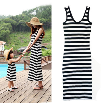 Family Matching Clothes Mum Girl Dresses Black White Striped Sleeveless Long Dresses for Mommy Daughter Clothes Summer Outfits serok ikan