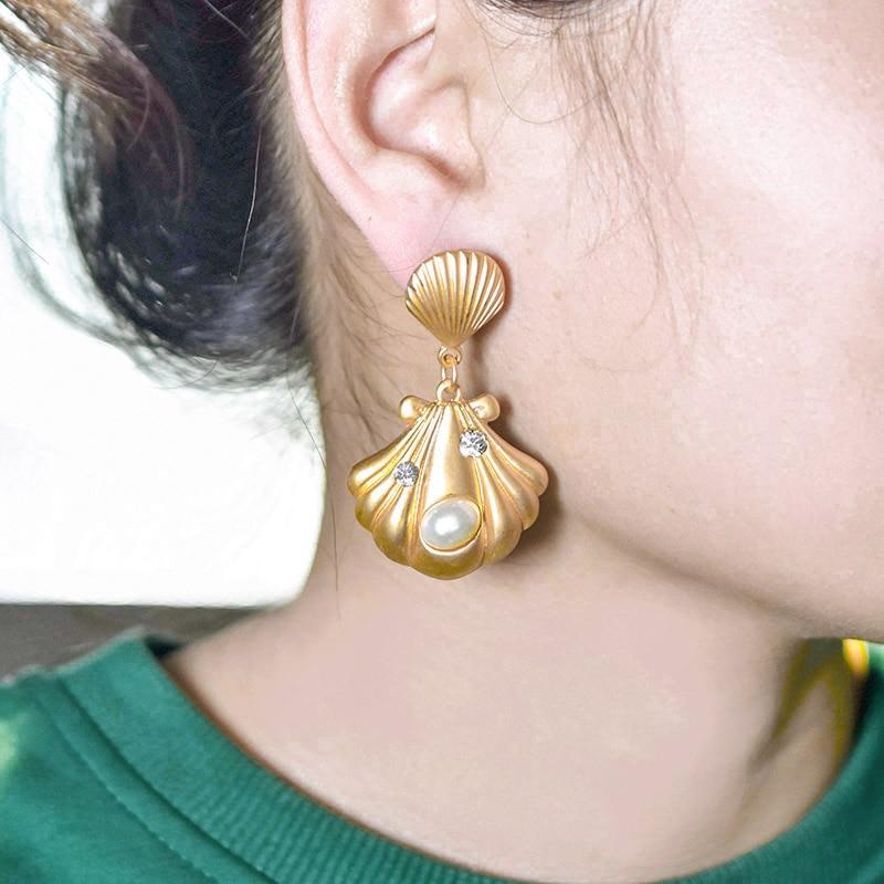 Carvejewl unique shell drop dangle earrings metal shell simulated pearl earrings for women jewelry new fashion Korean earrings in Drop Earrings from Jewelry Accessories