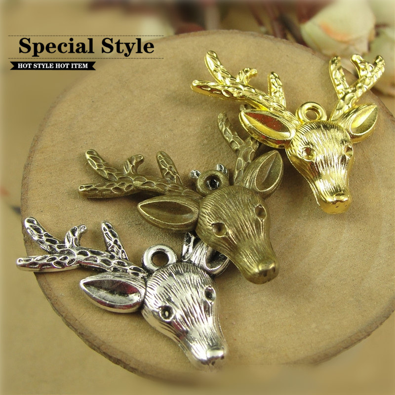 Deer Head Bronze Pendant Necklace