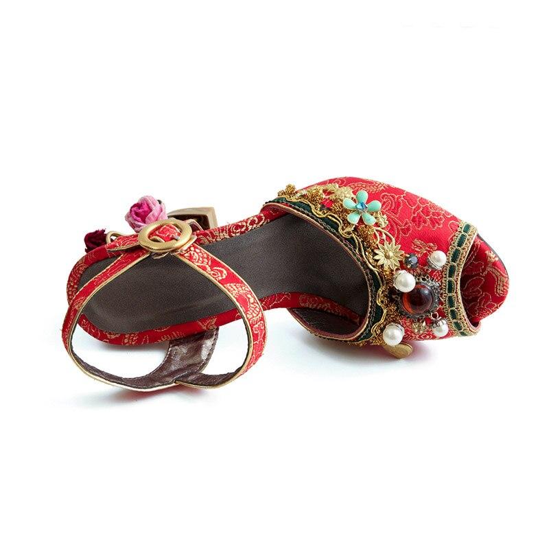 Phoentin chiński czerwony kryształ ślub sandały dla pań ciąg koralik 2019 kwiat metalowe obcasy buckle pasek kobiety sandały FT467 w Wysokie obcasy od Buty na  Grupa 3
