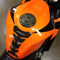 Brillo de aspecto de fibra de carbono de vinilo 3d autoadhesivas etiquetas engomadas de la motocicleta del hueso de pescados de agua resistente a la decoloración por moto bicicletas