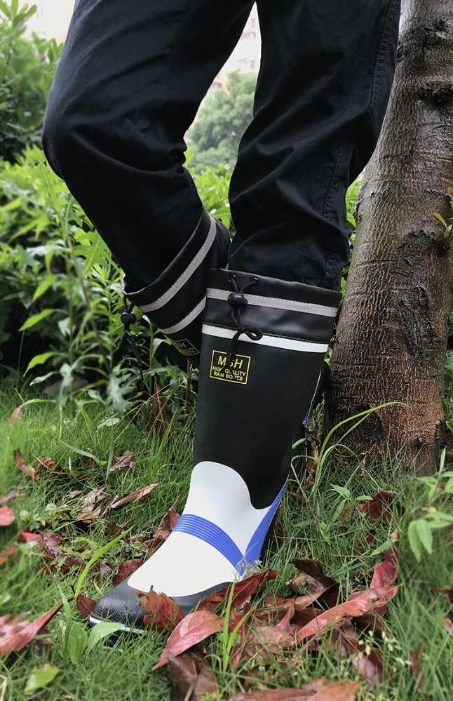 21a9c3de75f8 ... Fishing waterproof non-slip shoes water sea aqua boots wear beef bottom  rubber rain male ...