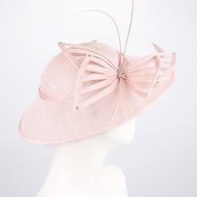 Fascinators 帽子結婚式のために女性リネン Fedora ヴィンテージレディース教会ドレス Sinamay ダービー帽子カクテルティーパーティー Headwewar