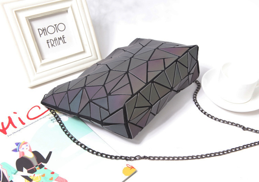 Luminous Chain Sling™ Bag - Hellopenguins