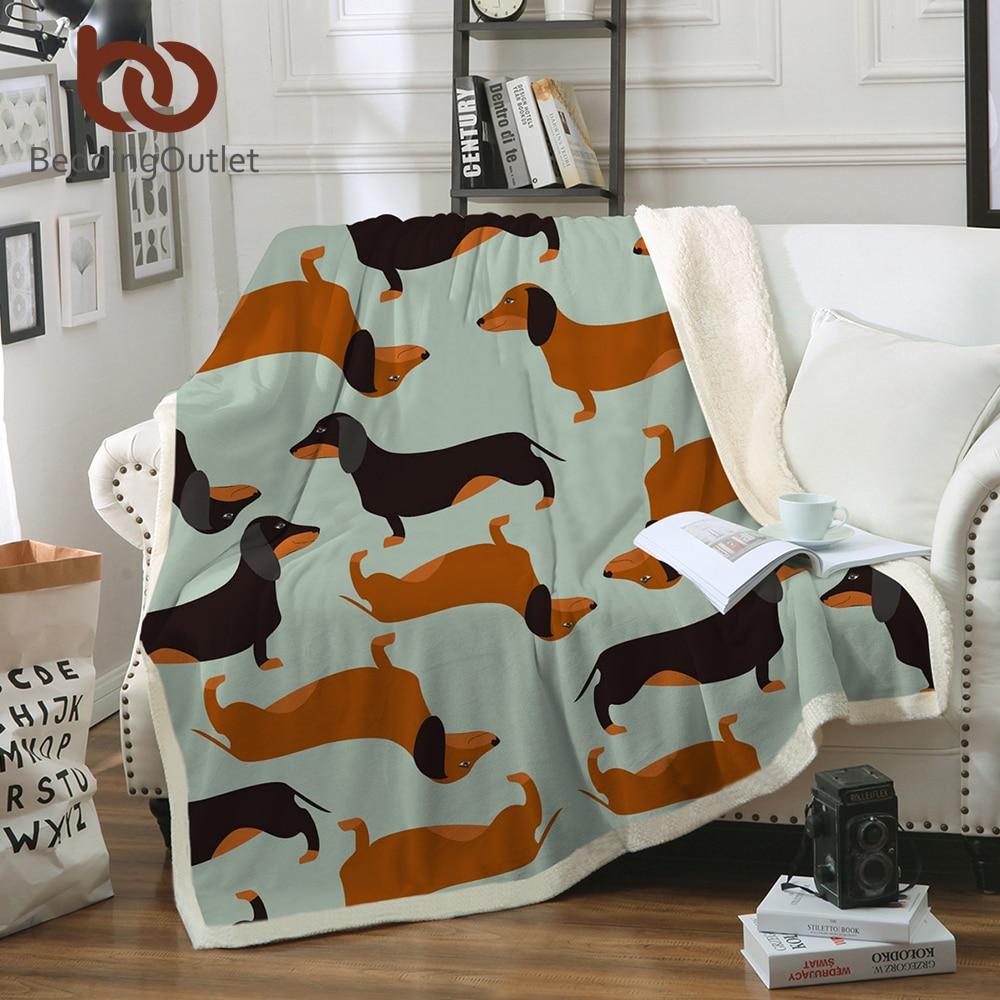 BeddingOutlet Dackel Wurst Sherpa Decke für Kinder Erwachsene Cartoon Bunte Plüsch Decke Sofa Hund Welpen Dünne Bettdecke