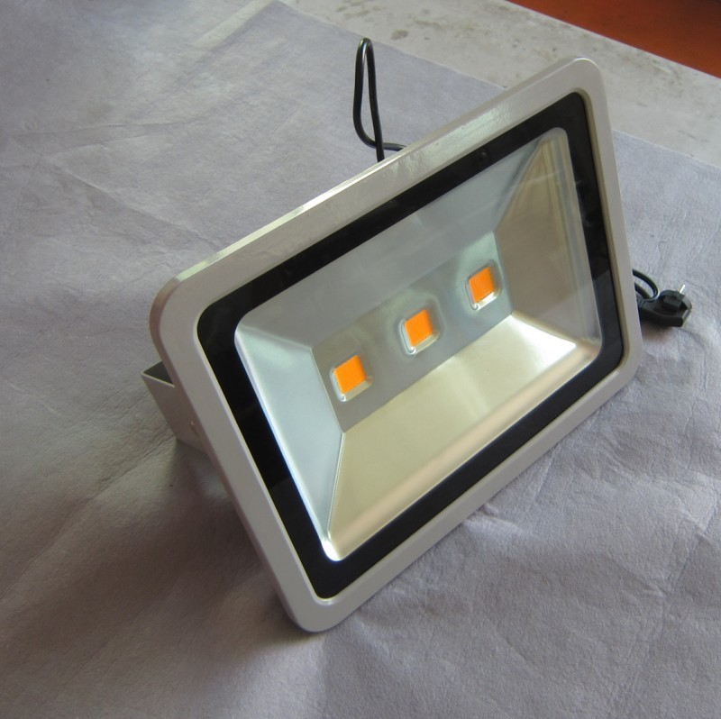 China made high quality color changing dmx rgb 150w led flood light used for railways stations and airports