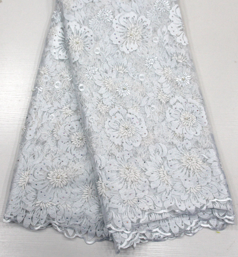 2018 beaded stone lace African white lace fabric high quality beautiful nigerian wedding lace new design french dress