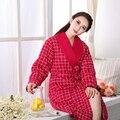 Mulheres 100% Roupões de algodão Macio Inverno engrossar quente camisola de manga Longa sleepwear Mulheres Pijamas Bath robes Pijama frete grátis