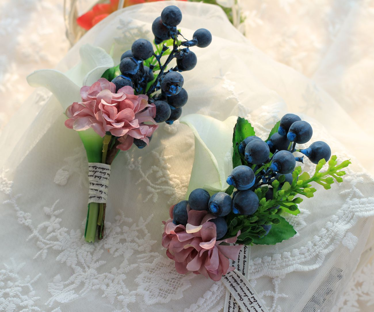 New 2pcs Pu Artificial Lily Pip Berry Bride Groom Boutonniere