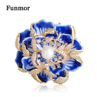 Funmor Luxury Cubic Zircon Flower Brooches For Women Men Gifts Imitation Pearls Copper Wedding Bouquet Peony Hijab Pins Broaches