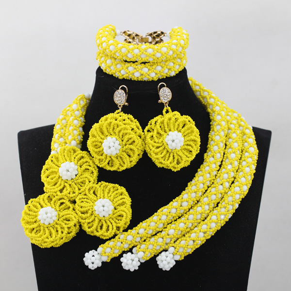 Charming Yellow African Crystal Bridal Women Costume Jewelry Set White Beaded Engagement Celebration Beads Free Shipping QW717Charming Yellow African Crystal Bridal Women Costume Jewelry Set White Beaded Engagement Celebration Beads Free Shipping QW717