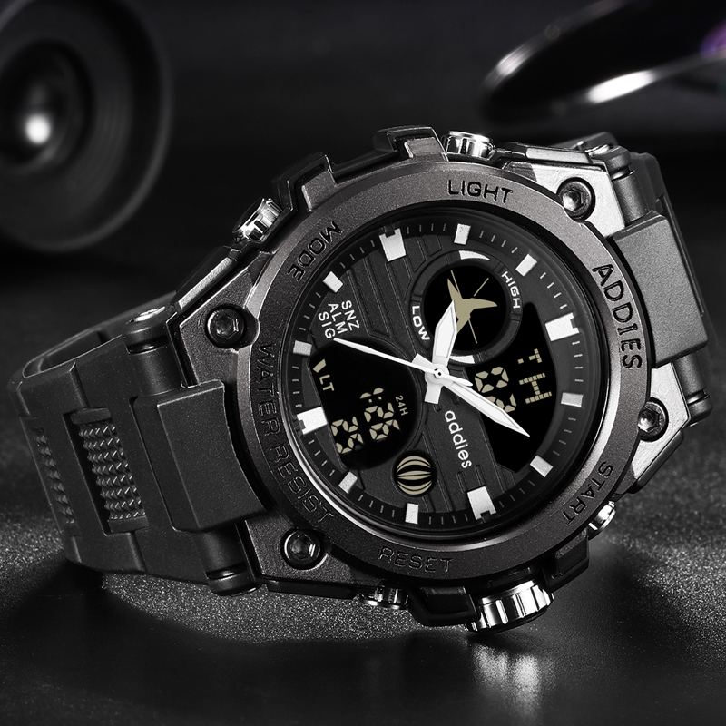 Nouveau Style de mode militaire hommes Sport montres 50M étanche de luxe Sport montre hommes Quartz numérique en plein air plongée montre-bracelet