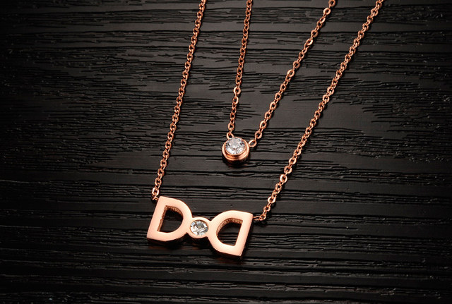 2018 Hottest Fashion Casual Personality Circle Pendant rose Gold Color Necklace High Quality Simple bowknot Necklaces Women