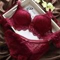 Moda 2017 Sexy Sutiã de Renda Push Up Conjunto de Lingerie Mulheres Conjuntos de roupa interior Floral Lace Suave Jantes Sutiã Ajustável Azul Vermelho preto