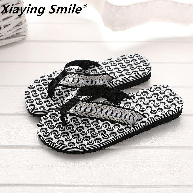 British Style Men Shoes Cool Men Flip Flops For Loose-fitting Men Beach Slippers  Rubber Flip-flops Men Sandals Non-slip