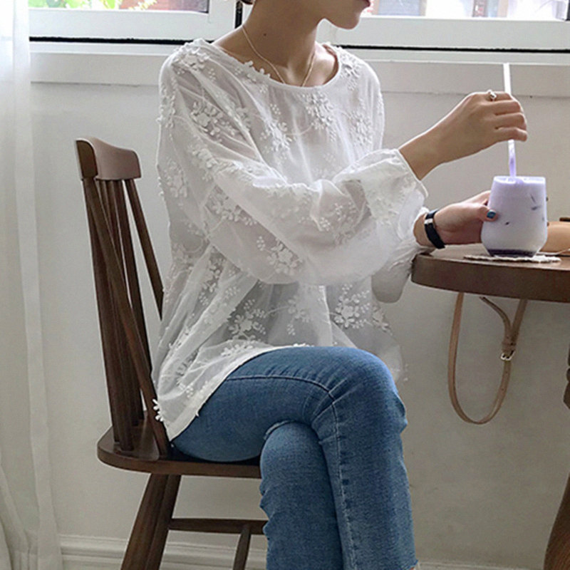 2018 Brand Design White Embroidery Thin Blouse Shirt Women Lantern Sleeve Fashion High Street Cotton See Through Tops Female