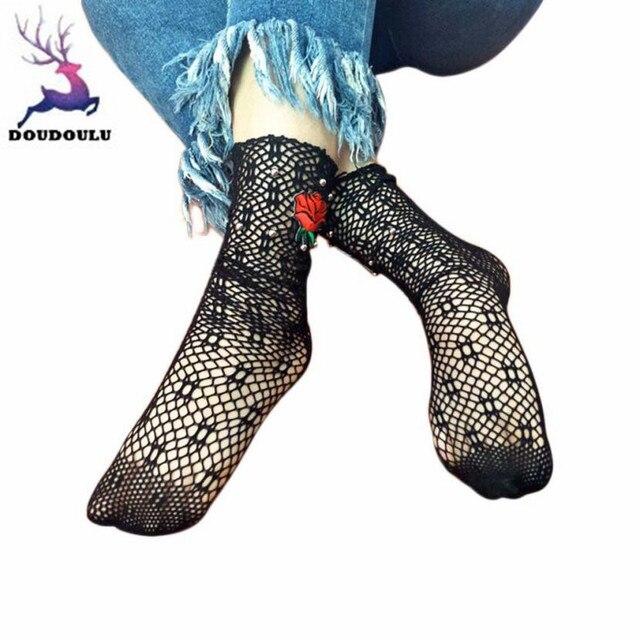 c0e5d910c9b30c DOUDOULU Sexy Calze Donna Ruffle Caviglia Calze Della Maglia Del Merletto Calzini  Corti Nero Bianco Moda