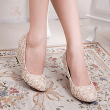 Round Head Fashion Lace Fabric Shallow Slope with Documentary Shoes Joker Temperament Women's Shoes Work Nude Women Pumps