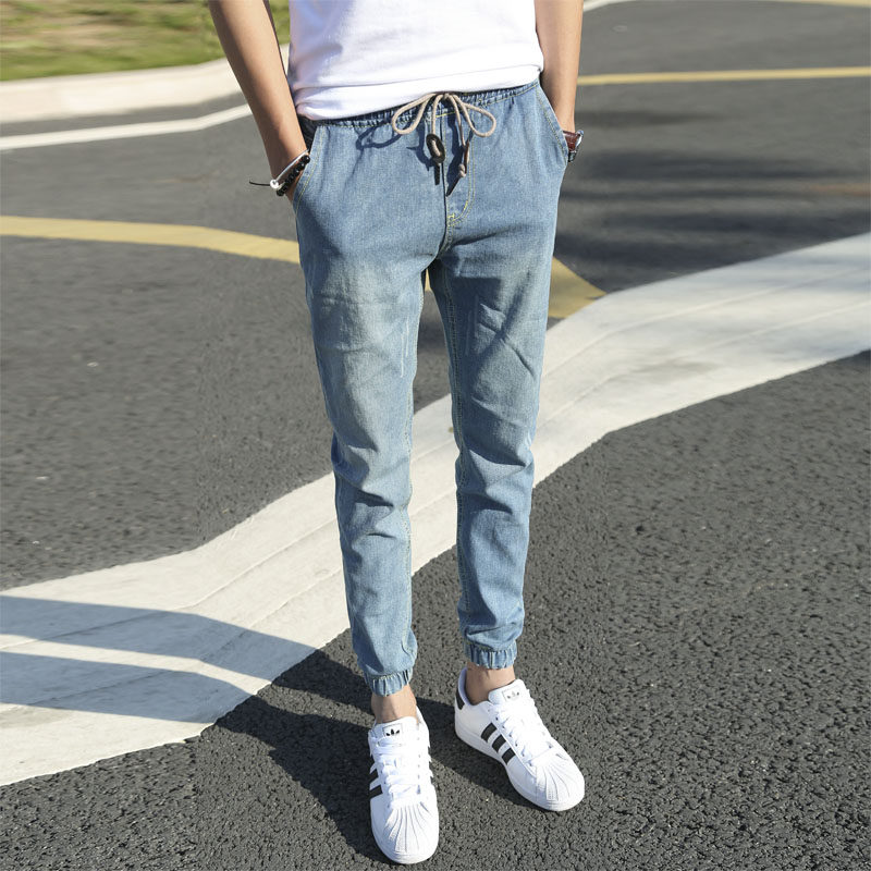 18 spring and summer, loose waist, middle school students, jeans, male Haren, feet, legs ...