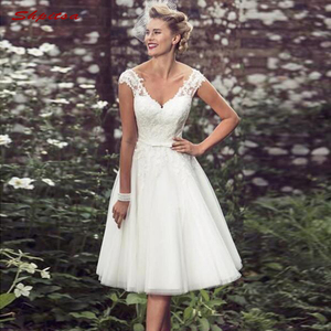 Image 1 - Short Lace Wedding Dresses Tulle Plus Size Bride Bridal Weding Weeding Dresses Gowns 2019