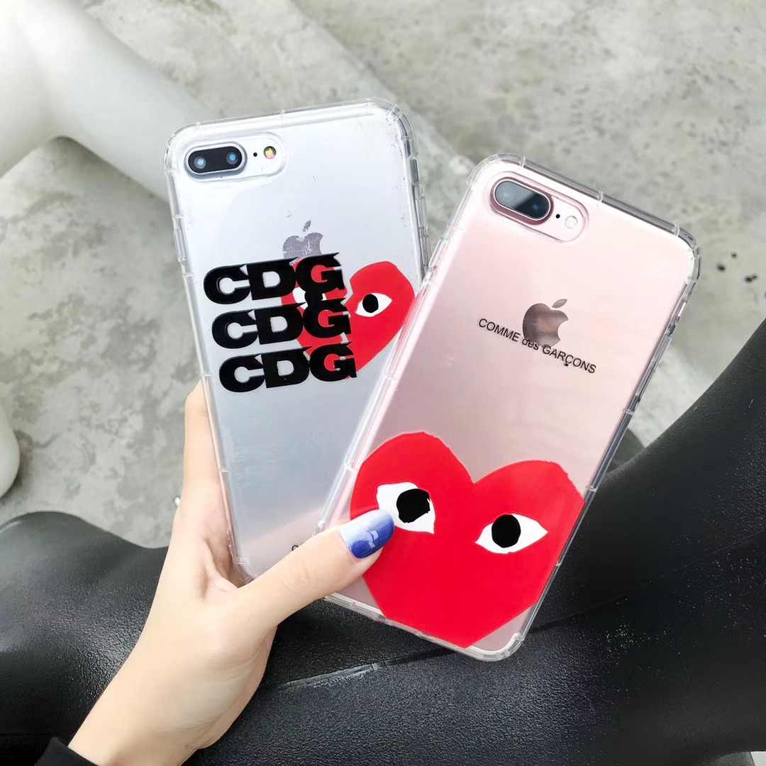 coque iphone xr play comme des garcons