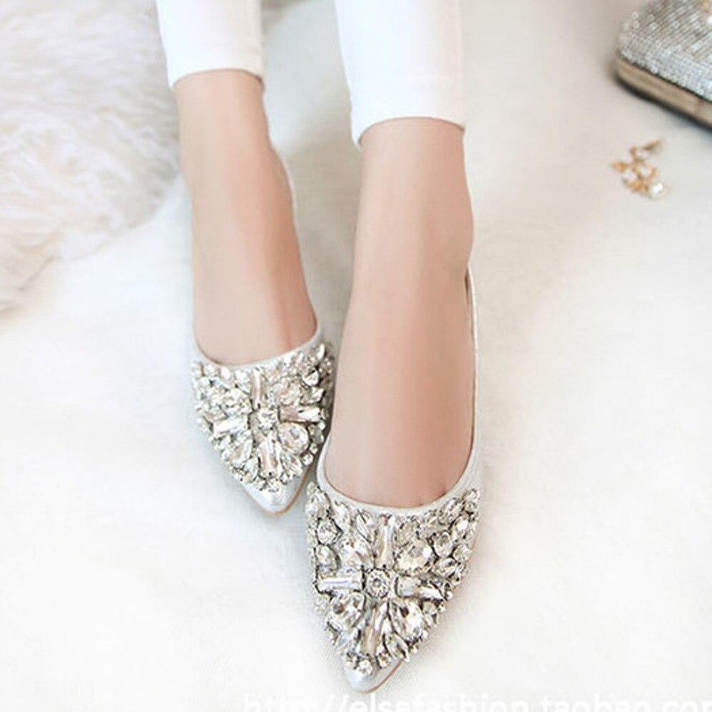 Модные женские балетки для отдыха, весенние балетки с острым носком, шикарные туфли на низком каблуке со стразами, свадебные туфли принцессы с блестящими кристаллами