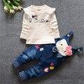 2016 Primavera/Outono Do Bebê meninas Conjunto de Roupas Crianças meninas Cowboy Terno de Algodão T-shirt + Calça Jeans 2 pcs Terno Crianças roupas Conjuntos