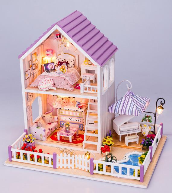 Mais recente DIY Madeira Doll House com Móveis, Roxo Romântico Em Miniatura Casa De Bonecas Montagem de Brinquedos para Presente de Natal do Miúdo