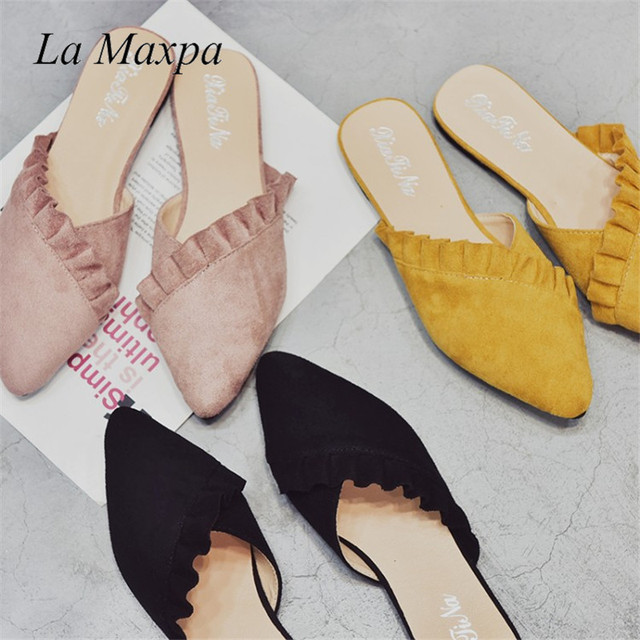 f4e26c7a3ab89 La Maxpa Women Slippers Flat Women Shoes Slip On Flat Ladies Mules Fashion  Ruffles Ladies Shoes