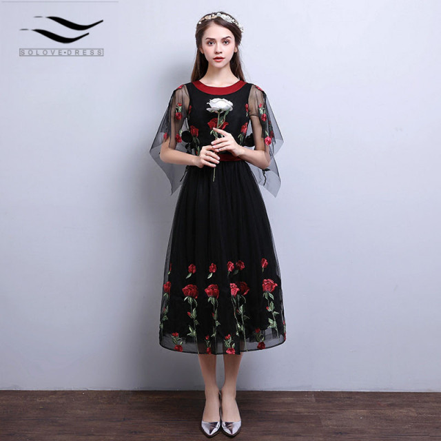 07a24cb68e New Style Tulle Short Black Prom Dresses With Red Rose Flower Prom Gwon  Evening Dress 2018
