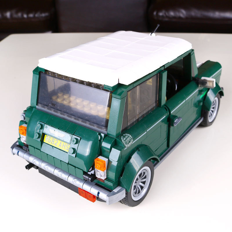1077 Pcs Building Blocks Yile 002 Mini Cooper Model Buliding Car For Kids Bricks For Gift Compatible With lego 10242 Lepin 21002