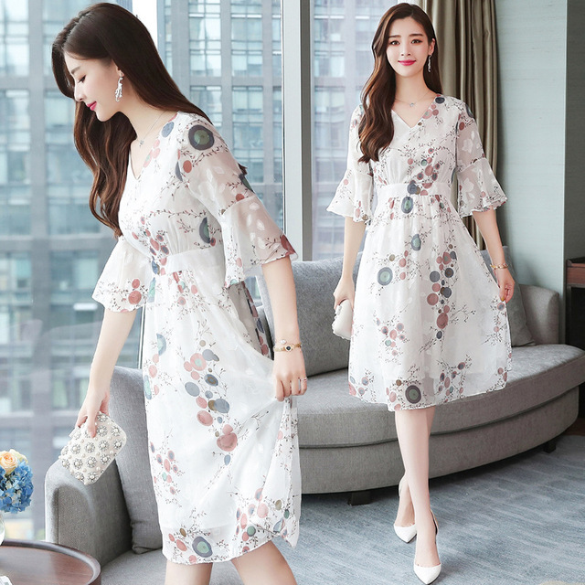 Mr.nut 2019 spring and summer new temperament in the long paragraph gentle dress super fairy was thin waist dress