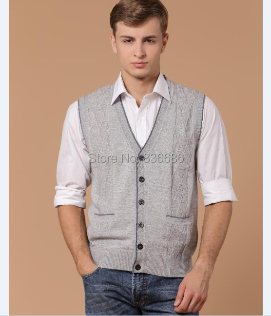 Autumn Hot Sale V Neck Cashmere Sweater Vest Casual Plaid Pattern Mens Sleeveless Wool Sweater Cardigan With Pockets