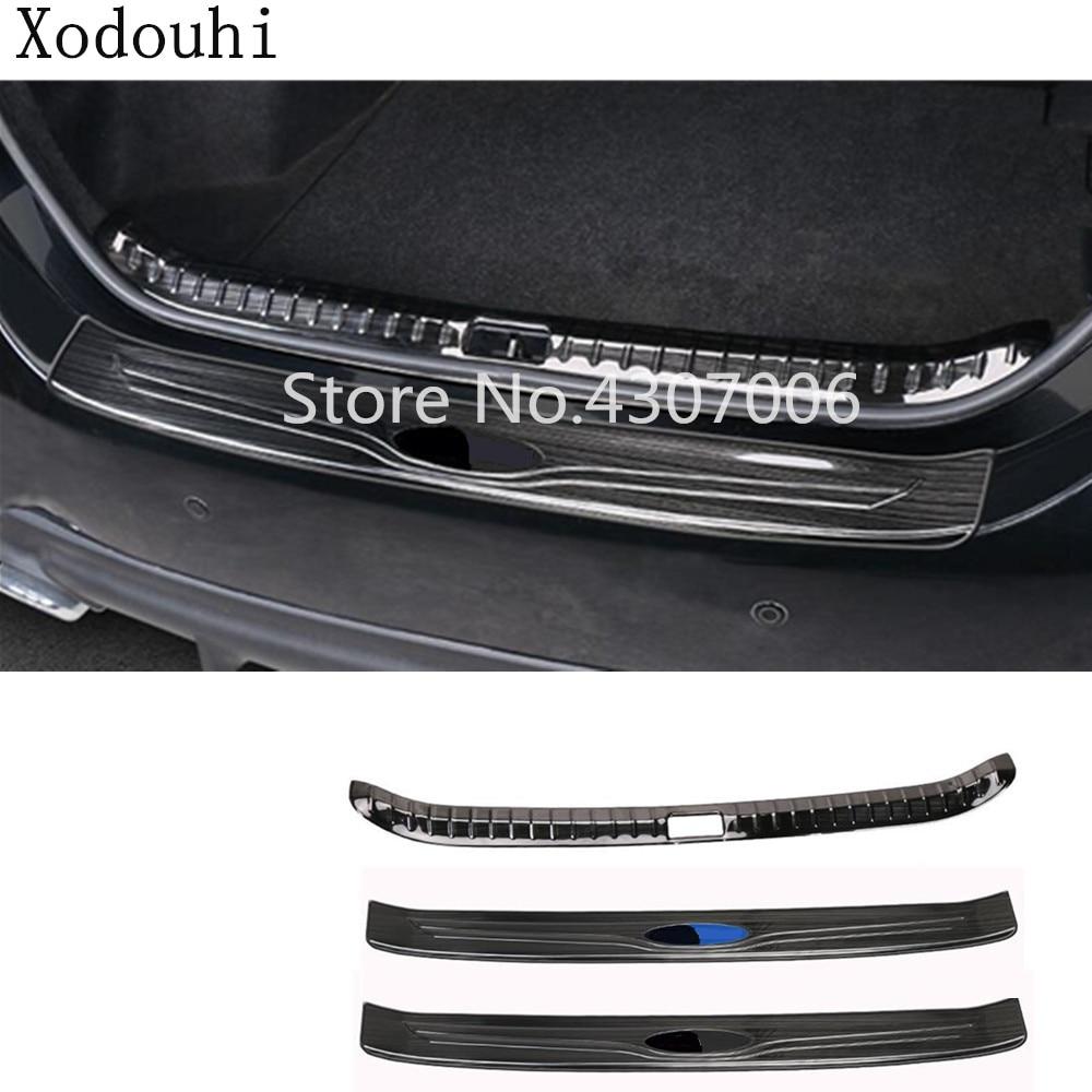 Pare-chocs intérieur arrière externe de voiture protègent la pédale de plaque d'acier inoxydable de revêtement d'habillage de coffre pour Toyota Corolla Altis 2017 2018 2019