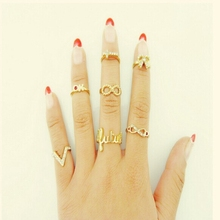New Personality Rhinestone Gold Rings for Women Letter Geometric Bow Hollow Stainless Steel Wedding Ring Set Yuzuk