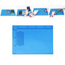 цена на Heat-resistant BGA Soldering Station Soldering Pad Silicone Mat Heat Gun Insulation Pad Repair Tools Maintenance Platform Desk
