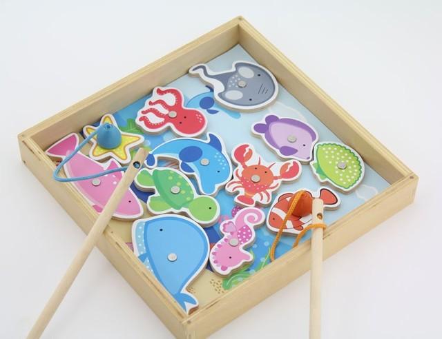 Los niños juguetes de pesca de madera incluye 12 peces y 2 caña de pescar / caja de madera de embalaje de los niños niño regalos, envío gratis