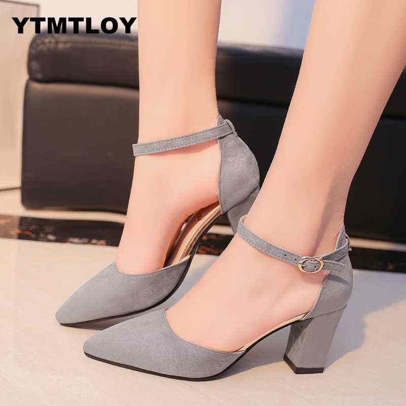 2019 Sandalia Feminina Yaz Yeni Vahşi Yüksek-topuklu ayakkabılar Sivri Kelime Toka Sandalet Ile Kaba Kadın Tek Zapatillas Mujer