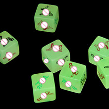 1 pc Erotic Dice Glow In The Dark Night Lights Love Dice de Sex Toys Fun Noctilucent Sex Dice de jogo adulto(China)