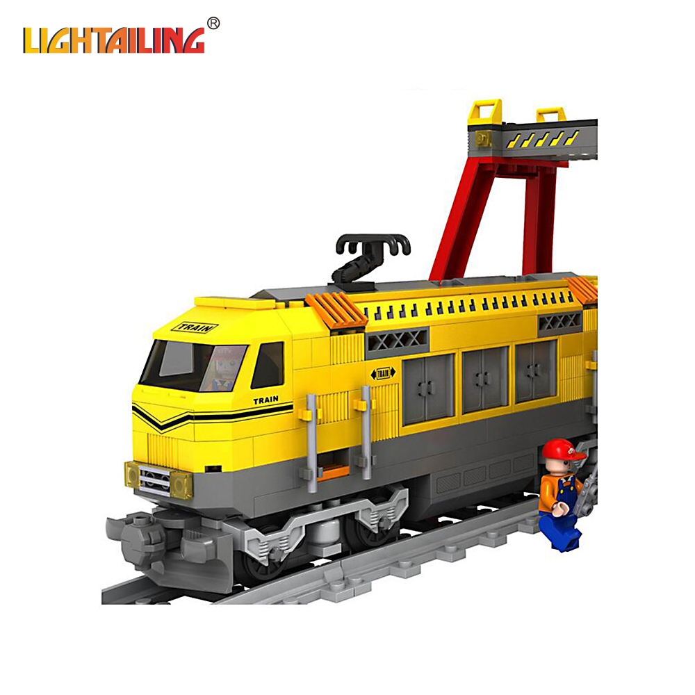 ФОТО LIGHTAILING Brand Building Blocks Yellow Express Train Rayway Station Bricks Model Children Toy