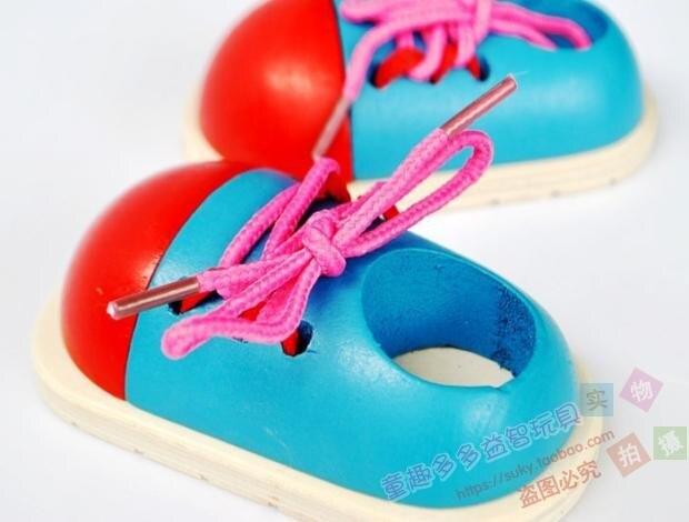 Livraison gratuite enfants jouets de formation d'éveil précoce, modèle de chaussure en bois, département des lacets pour enfants jouets de modèle de pratique