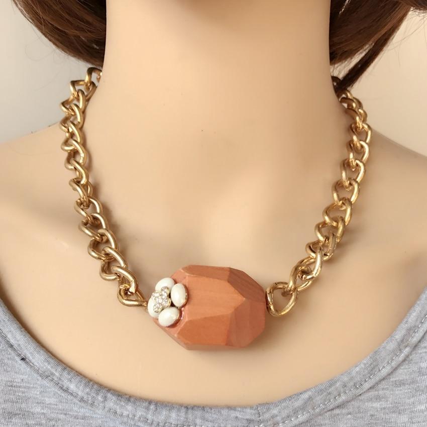 Free Shipping New Special Design Irregular Wooden Pendant Choker Flower Necklace