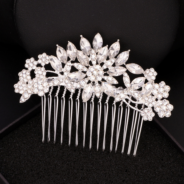 Elegant Crystal Flower Bridal Hair Combs 3