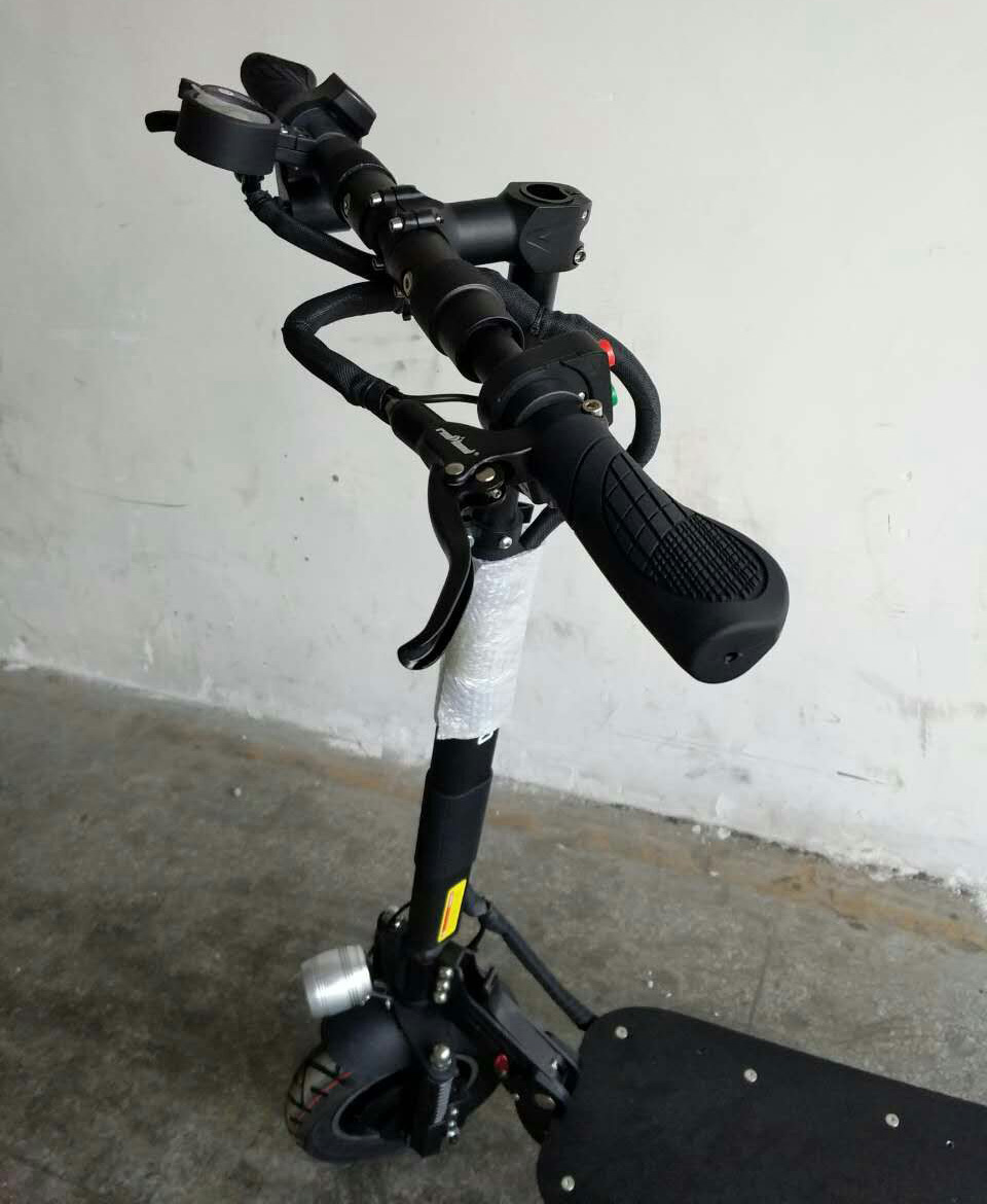 2017 60V/ 52V UBGO Double Drive COOL model 2000W motor powerful electric scooter 10inch E-Scooter with oil brake aurora double drive 1500